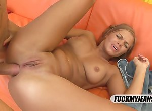 Blondie Spoil Gets A With little Borrow Gender - HD dusting