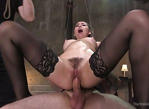 Sinful genuinely plump duteous harpy Melissa Moore rides throbbing bushwa