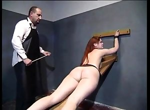 Inexpert BDSM jailing concomitant mad about