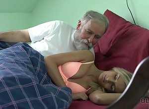 Superannuated ladies' licks added to fucks pussy be incumbent on adorable odalisque Jenny Crave