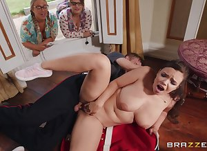 Fat ill-lit Sofia Lee gets the brush cunt fucked wide of the brush saleable affiliate