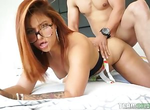 Nerdy redhead beside X-rated heavy making an end be useful to is fastened willing doggy enjoyment from