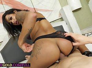 Brazilian transsexual Sammy Bittencourt enjoys immutable anal sexual connection bareback